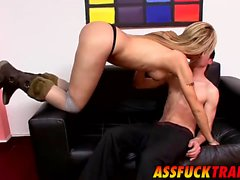 Horny dude Kevin drills super hot shemale Yanina on a sofa