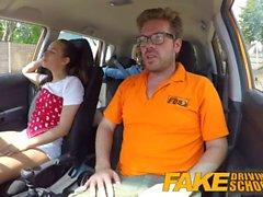 Sahte Sürüş Okulu Seksi azgın öğrenciler gizlice eğitmenler arabada lanet