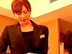 Femme de ménage Giving Branlette Pour Guy Sperme Afin Mains de