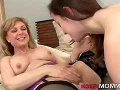 Belle-mère mature sixtynines