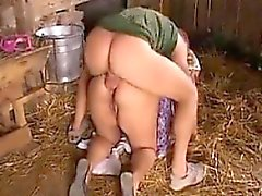 Fett And Horny Großmutter Banged in den Arsch