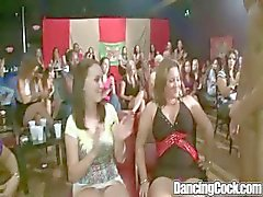 Dancingcock Titreşimli Cock BJ Orgy