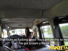 Fake Taxi grand brunette sexe long sexe anal sexuel