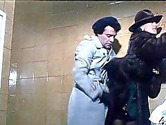 Barbara Bouchet a 40 GRADI ALL'OMBRA CANC LENZUOLO 1.976