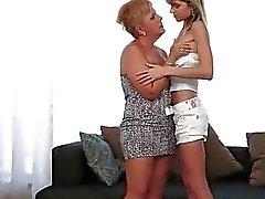 Granny unschuldig Teenager Liebe machen