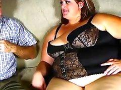Super seksikkäitä iso kaunis naista nauttii kova vittu