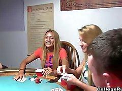 Un juego de poker donde todo vale