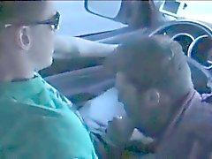 Blowjob по автомобиля