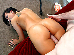 Hottest chick Rachel Starr takes overweight penis from behind