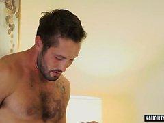 Tatuaggio Jock sesso anale con sborrata