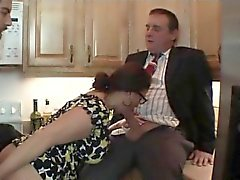 Iso tissit kilpailevat Amatööriluokassa Stepmom perseestä Dad and T