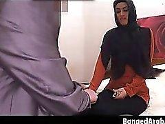 Bedroom Karanlık Başkanı Eşarp emme Dick In Arap Güzellik