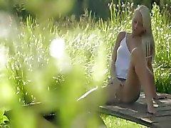 Blondie красота от Sweden касания клитора