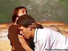 Amateur Italiaanse tieners spelen tiener amateur tiener cumshots slikken dp anale