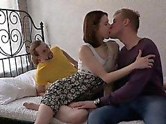 Hotty pechugón hijo destaca en diversos puestos durante las relaciones sexuales naturaleza