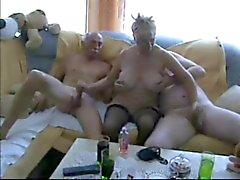 Bisexuel vieil homme neopucen -1