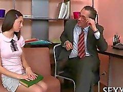 Enseignants Horny séduire étudiante impatient de le baise