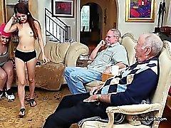 Broke Gençler For Money Zengin Old Men Play With