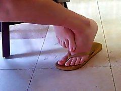 Кандид Азиатский Library девушки ступней и ног запчасти один