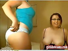 Kaksi tyttöä jaGuy Webcam Näytä
