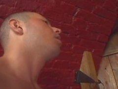 Kesilmemiş bir horoz Sex Club - Sahne 4