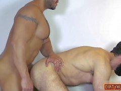 kas eşcinsel oral seks ve cumshot video özelliği 1