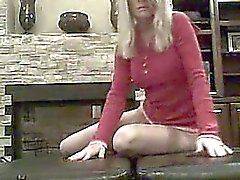 geweldige blonde wrijven haar clit
