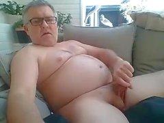 Il papà gioca con il cazzo