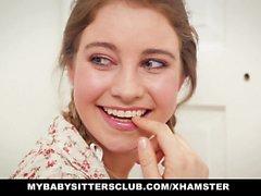 MyBabySittersClub - adolescente de Baby Sitter Caught y follan