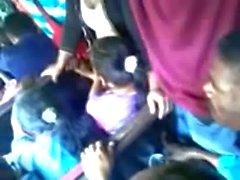 Encoxada Egyptienne cornée dans de bus