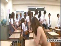 Ondertiteld Japan schoolmeisjes strippen naakt en beginnen orgie