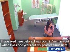 FakeHospital Vackra Vietnamesiskt tålamod ger läkare ett sexuella belöna