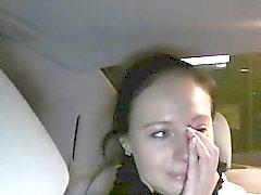 Defraudato scopate Babe peli nei un taxi fasullo