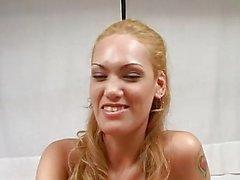 Oyeloca blonde de Latines chatte embouchure ass cogner