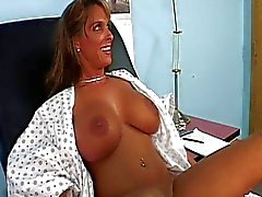 Holly Halston Medico vist