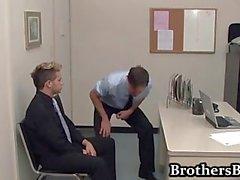 Brad Jodiendo y masturbarse de del oficina de parte1