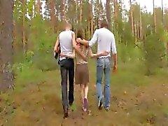 Amateur- europese trio in het bos