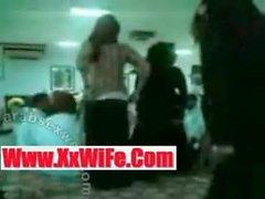 CORNÉS HIJAB Khaliji GROUPE DE DANCE xxwife