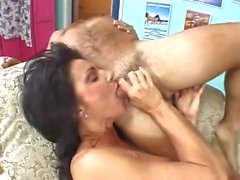 DEAUXMA Sexy BIG TITTENMILF