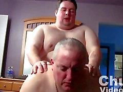 Cicciotto Bareback Fuck i germogli
