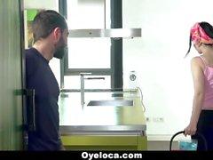 OyeLoca - Latina Temizleyici Ev ve Musluğu Temizler!
