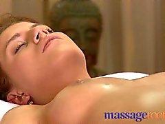 Salles de massages - filles serré l'orgasme