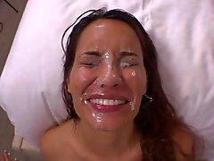 bo- bô - américaine aucun mamans obtenir leurs visages mouillés