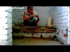 Rannasta Nuuskija WC ( kusta metsästämään ) istunnossa 19