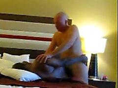 Fond blanc papa de engendre noire chabot fesses