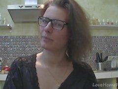 Solo, girl, lunettes, bavarder, cuisine