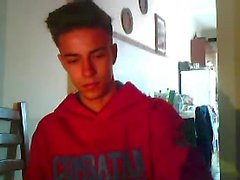Португалии Симпатичный Athletic Boy Cums , большой петух , горячая круглой задницей OnCam