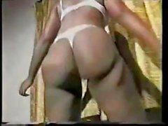 Две сексуальность Африки птенцов делаем племенная танец прежде чем трахал парень