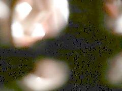 Spying del buco della serratura hidden poco carino Suor scopa il Doggy voyeur di