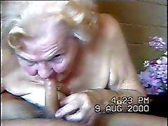 Omas Blowjob